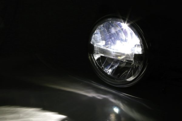 HIGHSIDER 7 tum LED-strålkastare BRITISH-STYLE TYP 4, krom, sidomontering